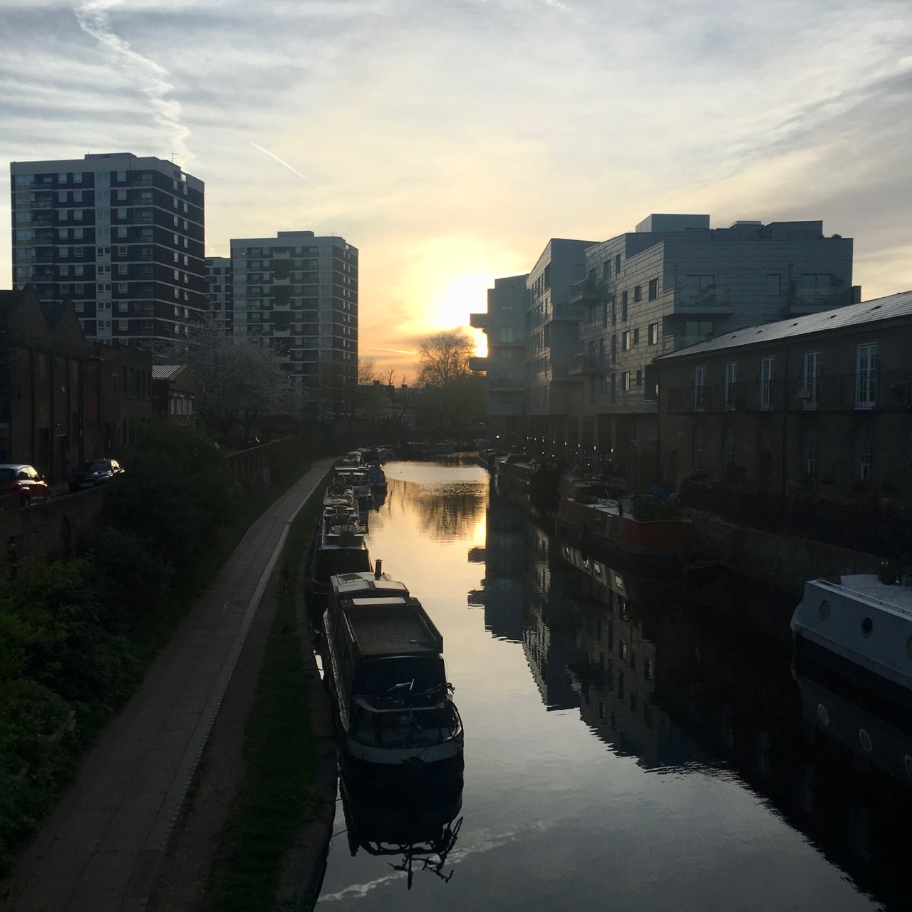Sunrise, Canal, London
